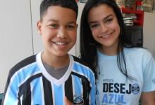 Vinícius está fazendo tratamento no Hospital São Lucas da PUC. Seu desejo era ganhar uma camiseta oficial do Grêmio. E com a colaboração da voluntária Laila Tubase realizamos o desejo do Vinícius que terás um começo de semana bem azul.